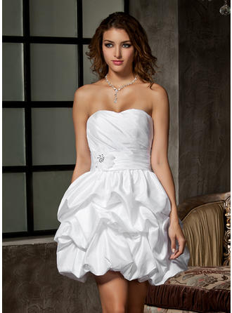 Ruffle Beading Flower(s) Sweetheart A-Line/Princess - Taffeta Wedding Dresses
