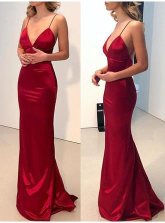 Spaghetti Straps Satin V-neck Sheath/Column Prom Dresses