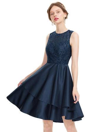 A-Line/Princess Scoop Neck Satin Sleeveless Knee-Length Homecoming Dresses
