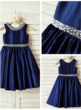 A-Line/Princess Scoop Neck Tea-length With Beading Satin Flower Girl Dresses