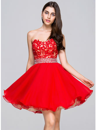 A-Line/Princess Short/Mini Chiffon Lace Sweetheart Homecoming Dresses