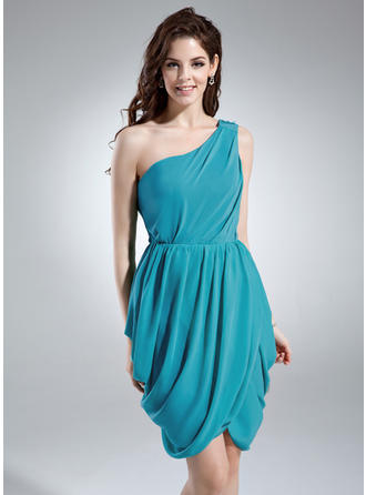 Sheath/Column One-Shoulder Knee-Length Cocktail Dresses With Ruffle