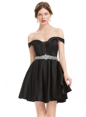 Magnificent Satin Homecoming Dresses A-Line/Princess Short/Mini Off-the-Shoulder Short Sleeves