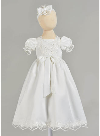 Satin Square Neckline Lace Baby Girl's Christening Gowns With Short Sleeves