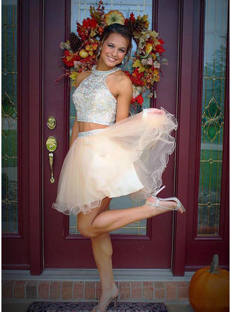 A-Line/Princess Beading Tulle Homecoming Dresses Scoop Neck Sleeveless Short/Mini