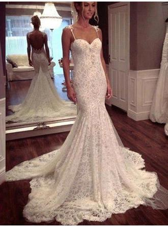 2018 New Sweetheart Trumpet/Mermaid Wedding Dresses Court Train Lace Sleeveless