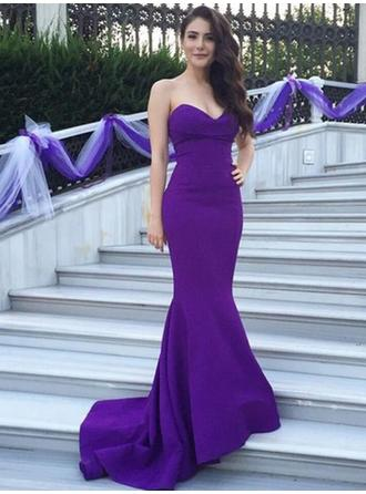 Satin Sleeveless Trumpet/Mermaid Bridesmaid Dresses Sweetheart Sweep Train (007144975)