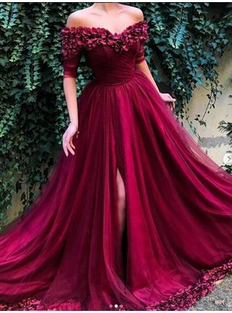 A-Line/Princess Off-the-Shoulder Tulle 1/2 Sleeves Sweep Train Ruffle Evening Dresses