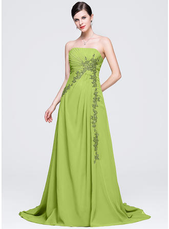 A-Line/Princess Strapless Chiffon Sleeveless Chapel Train Ruffle Appliques Lace Evening Dresses
