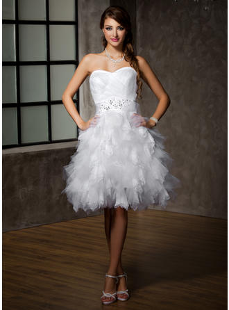 cheap wedding dresses for larger ladies