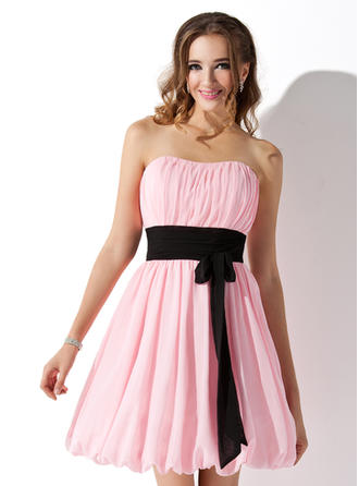 Empire Sweetheart Short/Mini Chiffon Homecoming Dresses With Ruffle Sash Bow(s)