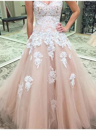 Tulle Sleeveless Ball-Gown Prom Dresses Sweetheart Appliques Lace Floor-Length