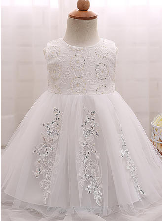 Tulle Sequined Scoop Neck Baby Girl's Christening Gowns With Sleeveless