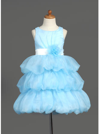 Knee-length Scoop Neck Organza/Satin Flower Girl Dresses With Sash/Flower(s)