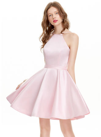 A-Line/Princess Scoop Neck Short/Mini Satin Prom Dresses