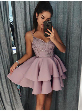 A-Line/Princess Stretch Crepe Cocktail Dresses Ruffle Appliques Lace V-neck Sleeveless Short/Mini