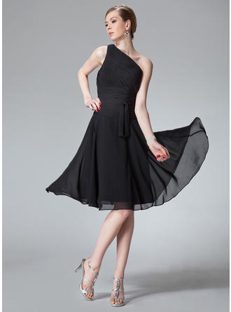 Luxurious A-Line/Princess Regular Straps Chiffon Bridesmaid Dresses