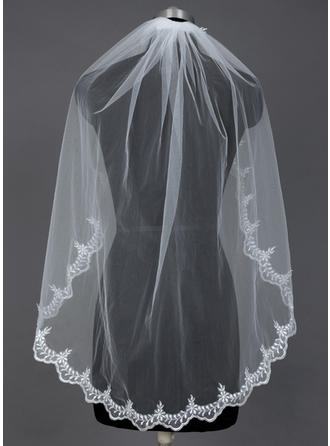 Fingertip Bridal Veils Tulle One-tier Mantilla With Lace Applique Edge Wedding Veils