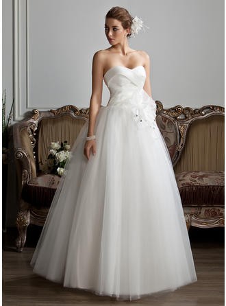 beautiful big poofy wedding dresses