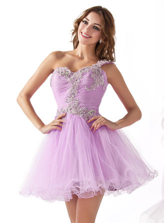 A-Line/Princess One-Shoulder Short/Mini Tulle Homecoming Dresses With Ruffle Appliques Lace Sequins