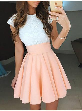 A-Line/Princess Scoop Neck Chiffon Sleeveless Short/Mini Ruffle Homecoming Dresses