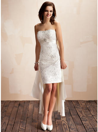 Beading Crystal Brooch Sequins Bow(s) Sleeveless Sweetheart Satin Sheath/Column Wedding Dresses
