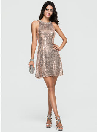 A-Line Scoop Neck Short/Mini Sequined Prom Dresses With Beading