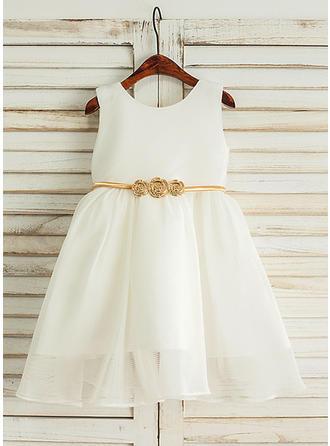 A-Line/Princess Scoop Neck Knee-length Satin/Tulle Sleeveless Flower Girl Dresses