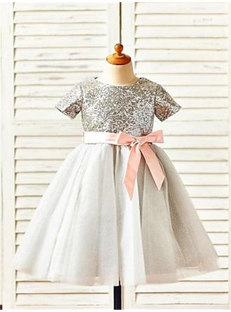 Scoop Neck A-Line/Princess Flower Girl Dresses Tulle/Sequined Sash Short Sleeves Tea-length