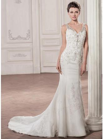 Sweetheart Trumpet/Mermaid Wedding Dresses Tulle Beading Appliques Sequins Sleeveless Court Train