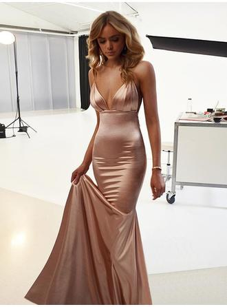 Silk Like Satin Sleeveless Trumpet/Mermaid Prom Dresses V-neck Ruffle Sweep Train