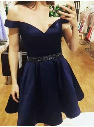 Off-the-Shoulder A-Line/Princess Satin Beautiful Homecoming Dresses