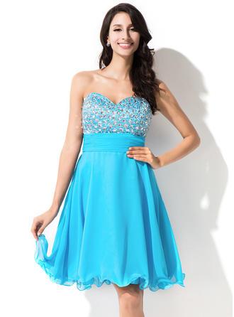 A-Line/Princess Sweetheart Chiffon Sleeveless Knee-Length Beading Sequins Homecoming Dresses