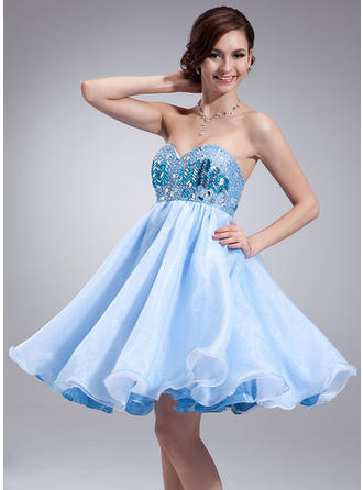 Empire Sweetheart Knee-Length Organza Homecoming Dresses With Beading