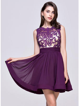 A-Line/Princess Scoop Neck Short/Mini Chiffon Homecoming Dresses With Ruffle Beading Appliques Lace Sequins