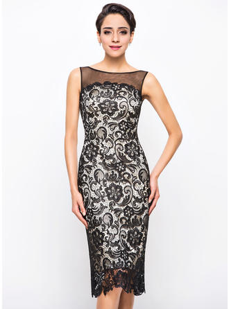 Sheath/Column Scoop Neck Knee-Length Lace Cocktail Dress (016055914)