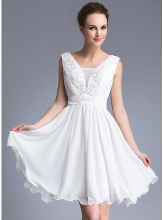 Stunning Chiffon Sleeveless A-Line/Princess Cocktail Dresses