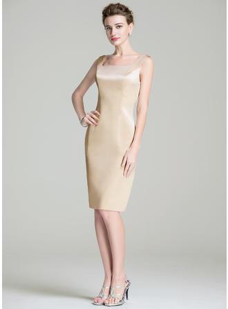 Etui-Linie Rechteckiger Ausschnitt Satin Ärmellos Knielang Kleider für die Brautmutter (008211131)