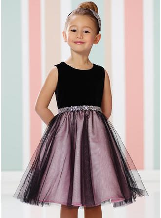 A-Line/Princess Scoop Neck Knee-length With Beading Satin/Tulle Flower Girl Dress