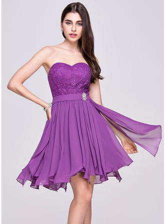 A-Line/Princess Asymmetrical Chiffon Lace Sweetheart Homecoming Dresses