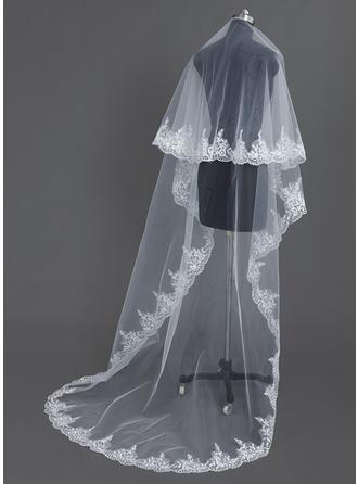 طبقة واحدة حافة مزينة بالدانتيل طرحة زفاف طويلة مع ربط الحذاء