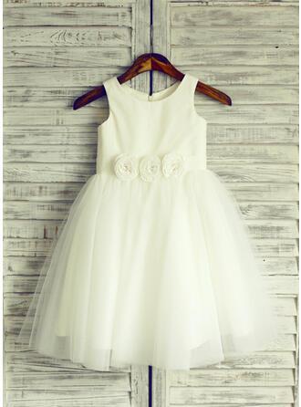 A-Line/Princess Knee-length Flower Girl Dress - Tulle Sleeveless Scoop Neck With Flower(s)