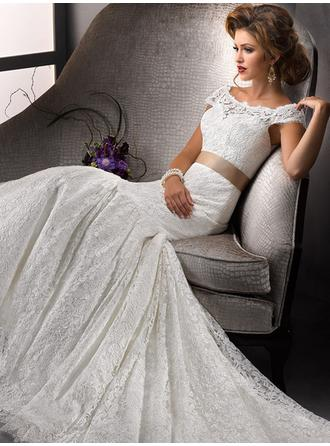 Trumpet/Mermaid Scoop Court Train Wedding Dresses With Lace Sash Bow(s)