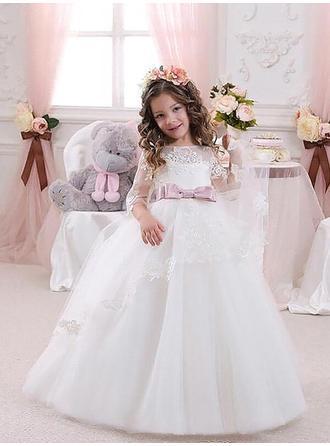 ثوب حفلة عنق مدور سويب تراين مع زين قماش رقيق شفاف فساتين فتاة الزهور