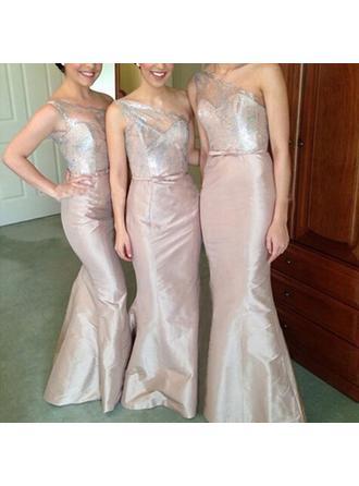 Trumpet/Mermaid Satin Bridesmaid Dresses Appliques Lace One-Shoulder Sleeveless Floor-Length