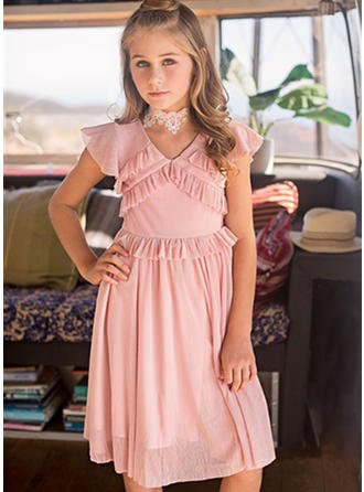A-Line/Princess V-neck Knee-length With Ruffles Chiffon Flower Girl Dresses