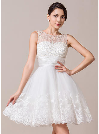 Scoop A-Line/Princess Wedding Dresses Tulle Ruffle Beading Appliques Lace Sleeveless Knee-Length