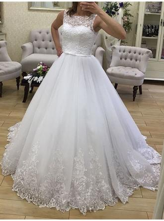 Ball-Gown Scoop Court Train Wedding Dress With Lace Sash Beading Appliques Lace