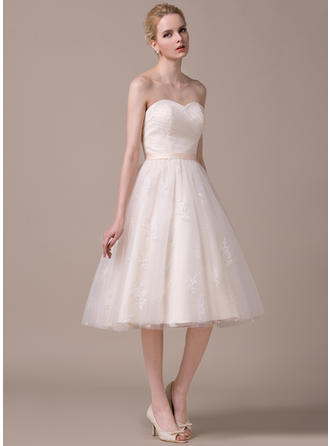 Sweetheart A-Line/Princess Wedding Dresses Tulle Lace Ruffle Sleeveless Knee-Length