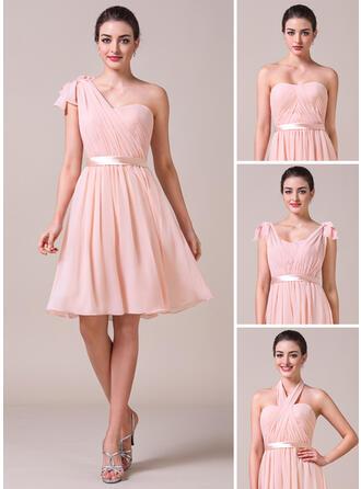 A-Line/Princess Sweetheart Knee-Length Chiffon Bridesmaid Dress With Ruffle Bow(s)